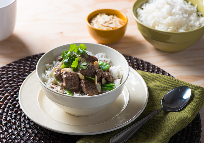 Slow Cooker Green Curry Beef